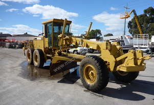 1994 John Deere 670B Motor Grader - AUCTION