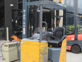 NICHIYU ELECTRIC SIDE SHIFTER FORKLIFT WITH REACH 6.5mt LIFT - picture1' - Click to enlarge