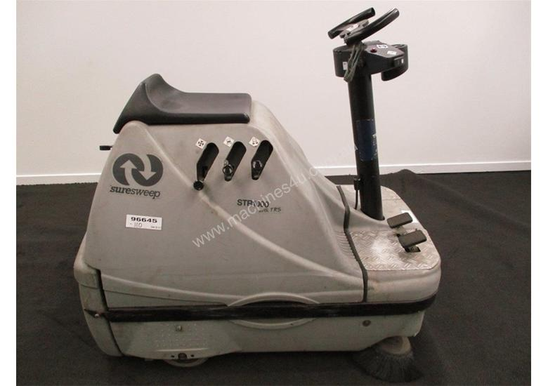 RIDE ON SWEEPER SURESWEEP STR 1000 INCLUDING EXTRAS