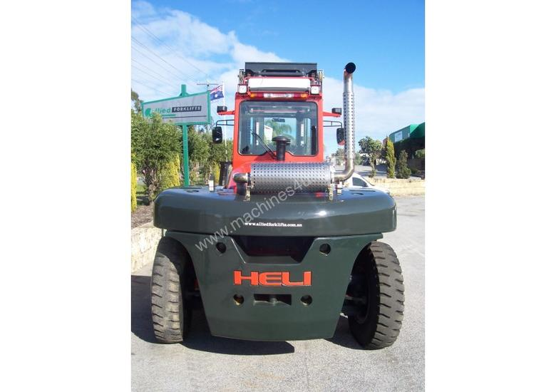 14 TO 46 TON HEAVY DUTY FORKLIFTS