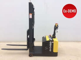 Ex-Demo Walkie Stacker - Low Hours - picture0' - Click to enlarge