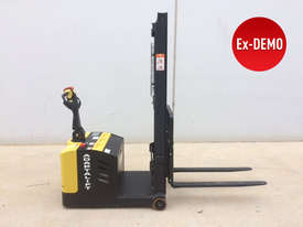 Ex-Demo Walkie Stacker - Low Hours - picture3' - Click to enlarge