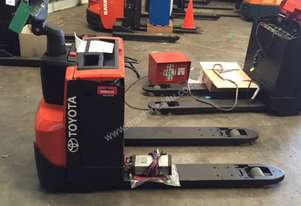 BT   FORKLIFTS LWE200