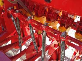 2018 AGROMASTER BM 16 SINGLE DISC SEED DRILL (3.0M) - picture6' - Click to enlarge