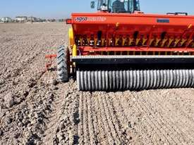 2018 AGROMASTER BM 16 SINGLE DISC SEED DRILL (3.0M) - picture8' - Click to enlarge