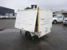 1990 Custom Made Single Axle Enclosed Trailer with Hydraulic Fitting Crimper IN AUCTION - picture2' - Click to enlarge