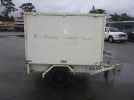 1990 Custom Made Single Axle Enclosed Trailer with Hydraulic Fitting Crimper IN AUCTION - picture5' - Click to enlarge