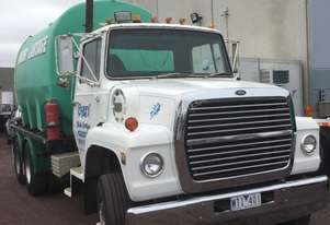Ford LNT8000 Water truck Truck