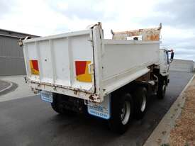 Mitsubishi FV Road Maint Truck - picture4' - Click to enlarge