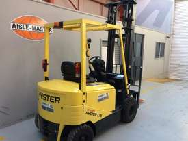4 Wheel Battery Electric Counterbalance Forklift - picture3' - Click to enlarge