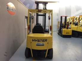 4 Wheel Battery Electric Counterbalance Forklift - picture4' - Click to enlarge