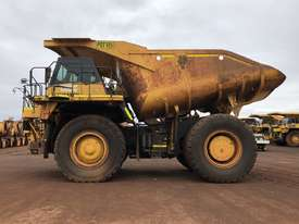 Komatsu HD785-7 Dump Truck - picture3' - Click to enlarge