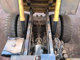 Komatsu HD785-7 Dump Truck - picture12' - Click to enlarge