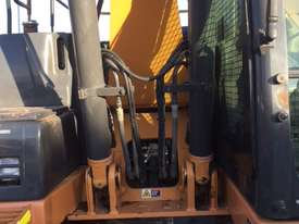 CASE CX130B excavator - picture4' - Click to enlarge