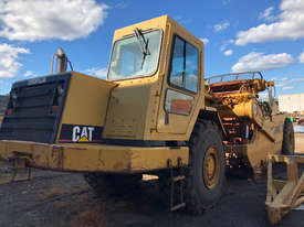 Caterpillar 615C - picture2' - Click to enlarge