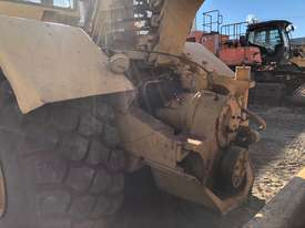 Caterpillar 615C - picture3' - Click to enlarge