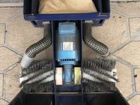 Cimex X46, Escalator and travelator cleaner  - picture1' - Click to enlarge