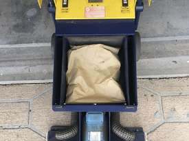 Cimex X46, Escalator and travelator cleaner  - picture3' - Click to enlarge