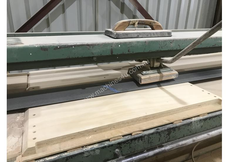 Stroke Sander for Flat panels and Table Tops