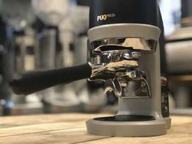 PUQPRESS AUTOMATIC ESPRESSO COFFEE TAMPER MACHINE BARISTA CAFE - picture0' - Click to enlarge