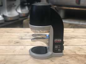 PUQPRESS AUTOMATIC ESPRESSO COFFEE TAMPER MACHINE BARISTA CAFE - picture6' - Click to enlarge