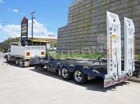 Interstate Trailers ELITE Tandem Axle Tag Trailer Custom Blue ATTTAG - picture0' - Click to enlarge