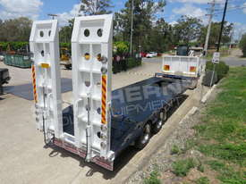 Interstate Trailers ELITE Tandem Axle Tag Trailer Custom Blue ATTTAG - picture5' - Click to enlarge