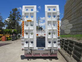 Interstate Trailers ELITE Tandem Axle Tag Trailer Custom Blue ATTTAG - picture6' - Click to enlarge