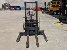 BT SWE120S 1.2T ELECTRIC WALK BEHIND FORKLIFT  - picture1' - Click to enlarge