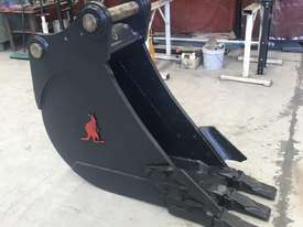 450MM TRENCHING BUCKET - 18 TO 20 TO 23 TON - picture0' - Click to enlarge