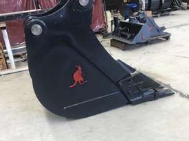 450MM TRENCHING BUCKET - 18 TO 20 TO 23 TON - picture2' - Click to enlarge