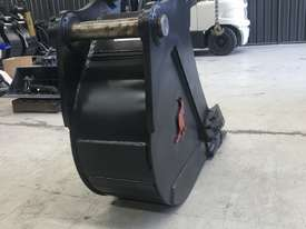 450MM TRENCHING BUCKET - 18 TO 20 TO 23 TON - picture3' - Click to enlarge