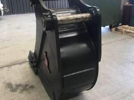 450MM TRENCHING BUCKET - 18 TO 20 TO 23 TON - picture4' - Click to enlarge