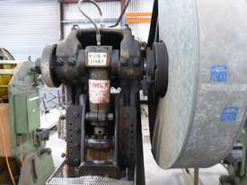METAL PRESS 25TON - picture1' - Click to enlarge
