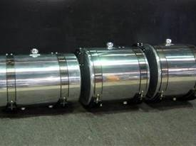 HYDRAULIC OIL TANKS / POLISHED ALLOY  - picture0' - Click to enlarge