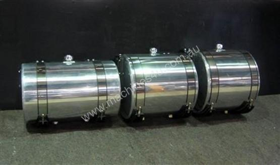 HYDRAULIC OIL TANKS / POLISHED ALLOY