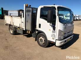 2010 Isuzu NQR450 Medium - picture0' - Click to enlarge