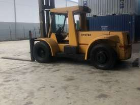 Hyster Model H250H container forklift - picture0' - Click to enlarge