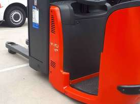 Used Forklift:  N20HP Genuine Preowned Linde 2t - picture0' - Click to enlarge