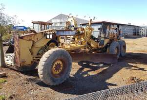 2000 Caterpillar 120H Grader *CONDITIONS APPLY*