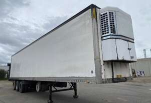 2004 Maxitrans, ST3-0D Tri Axle Refrigerated Trailer