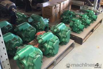 Gear Oil Pumps (960l/m) suitable for transporting liquids without solid particles or fibres