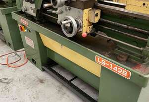 Toolmaster Centre lathe - Taiwan made