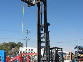 8 Tonne Forklift - picture0' - Click to enlarge