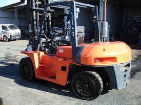 FORKLIFT TCM TOYOTA CROWN FD70Z8 HIRE OR BUY - picture4' - Click to enlarge