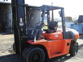 FORKLIFT TCM TOYOTA CROWN FD70Z8 HIRE OR BUY - picture5' - Click to enlarge