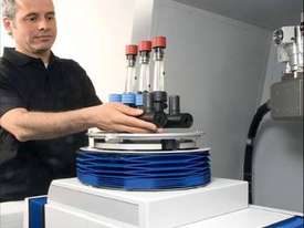 CMM Metrotom1500 with CT sensor for 3D measurement - picture4' - Click to enlarge
