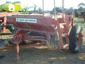 Napier 610 Air Seeder Cart Seeding/Planting Equip - picture0' - Click to enlarge