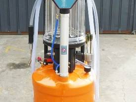 STAUNCH HC 3298 Oil Extractor/Drainer - picture9' - Click to enlarge