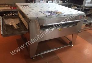 PIZZA CONVEYOR OVEN CLEARANCE SALE -NEW -XLT